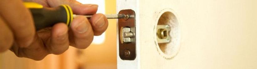 02-door-repairs-m