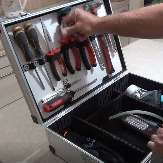 הנדימן במרכז - ארגז כלים